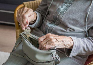 Schowaj babci klucze