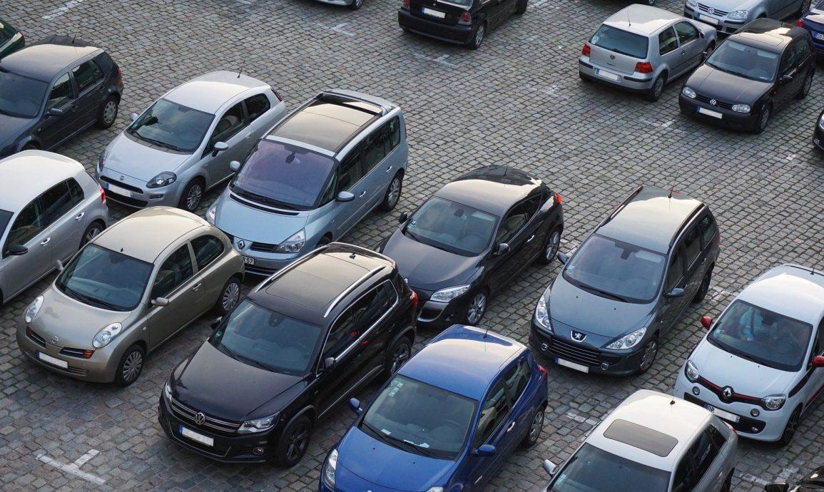 Pierwszy samochód dla młodego kierowcy - jaki powinien być?